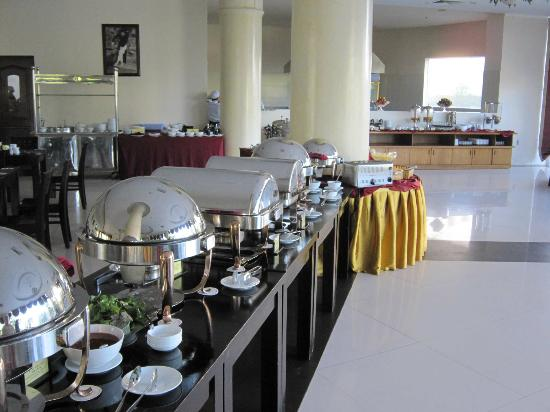 Park Diamond Hotel: Dining for breakfast