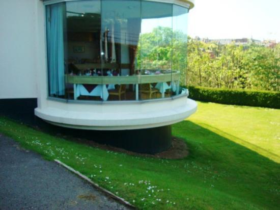 The Esplanade Hotel: dining room