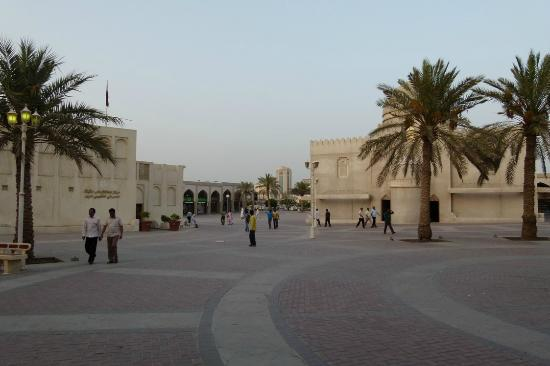 Royal Qatar Hotel: Souk