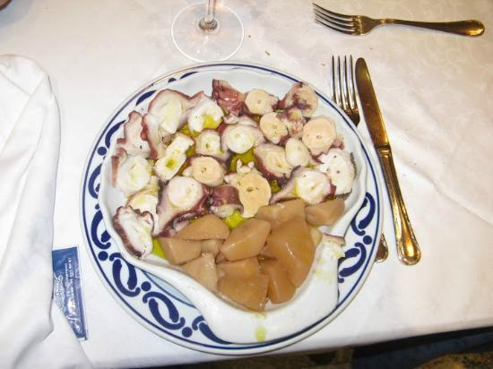 Restaurante O´Caldiño Cocina Gallega: polpo alla gallega