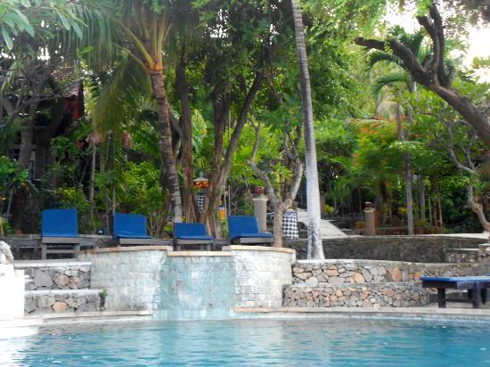 Wawa Wewe II Villas: around the pool