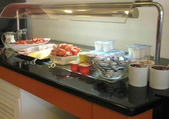 Rodes: Breakfast room