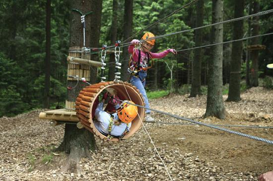 Balu Adventure Park: The eight tracks are marked with different colours and different degrees of difficulty, so every