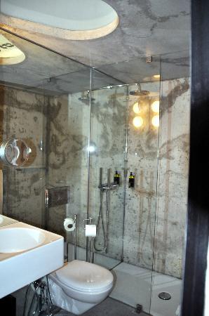 Casa do Conto - arts & residence: unser Badezimmer