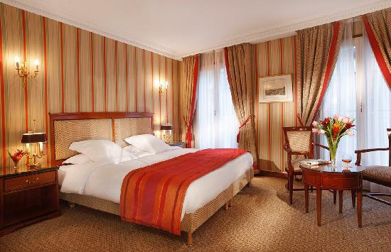 Rochester Champs-Elysees Hotel: Superior Room