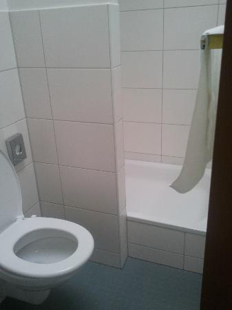 mk hotel munchen: baño