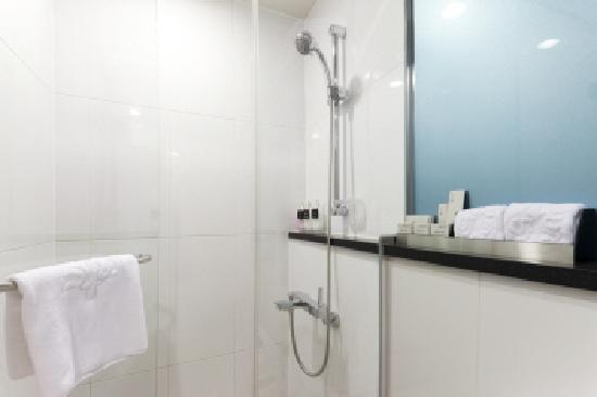 Hotel Venue G: Bathroom