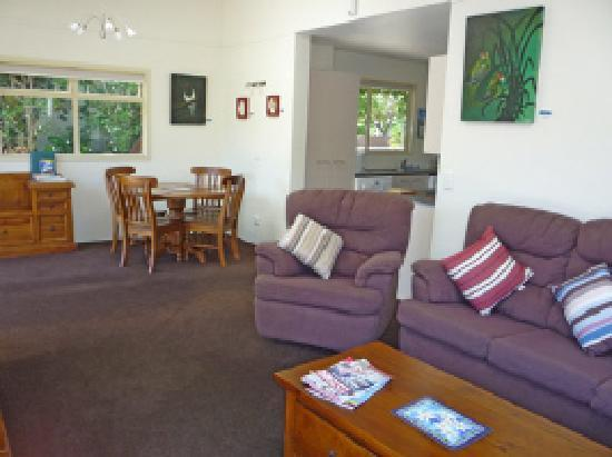 Beachstay Matapouri: Apartment Open Plan