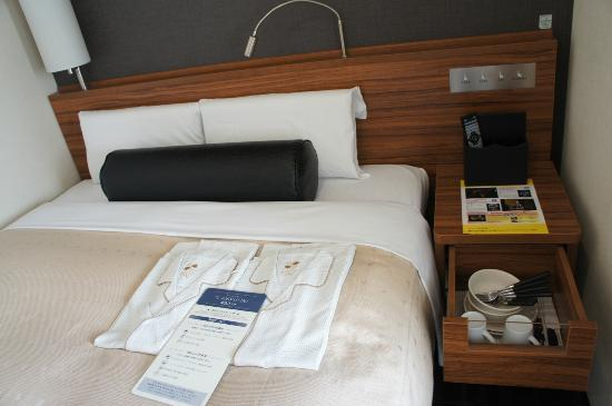 Tokyu Stay Nishishinjuku: Comfortable and reasonable size for 2 adults