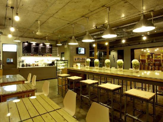 The Warehouse Bangkok: forklift cafe