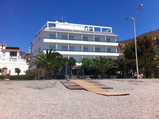Hotel Embarcadero de Calahonda : take a room on the front
