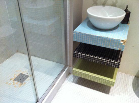 The Edge Manchester: Bathroom