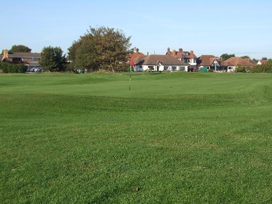 Gorleston Golf Club, 10th green