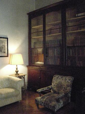 Hotel Loggiato dei Serviti : Espace de courtoisie