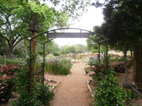 Fredericksburg Herb Farm - Sunday Haus Cottages照片