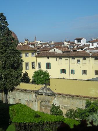 Hotel Loggiato dei Serviti : vue de la chambre