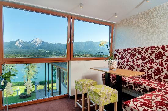 Apartments am See Domenig: Lounge mit Seeblick