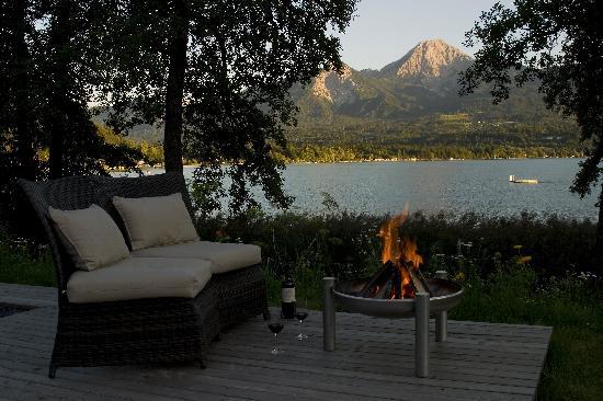 Apartments am See Domenig: Sitz Lounge direkt am See