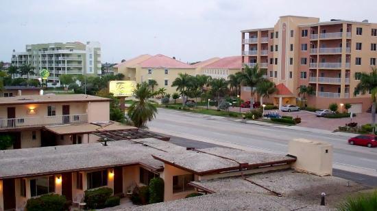 South Beach Condo/Hotel: Gulf Blvd Treasure Island