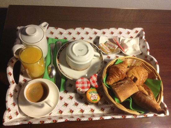 BEST WESTERN L'Orangerie : petit dejeuner en chambre (1 personne)