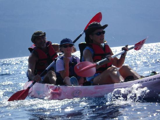 Destination Calanques Kayak Cassis: kayak en famille