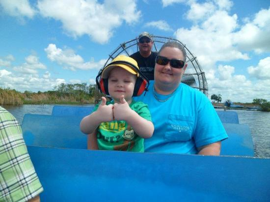 Capt Mitch's - Everglades Private Airboat Tours : Two Thumbs Up!