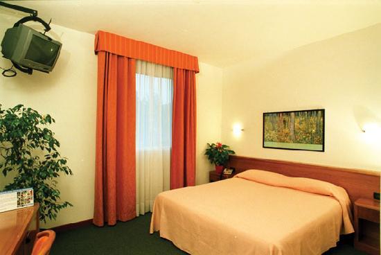 Photo of Hotel Garibaldi Padua