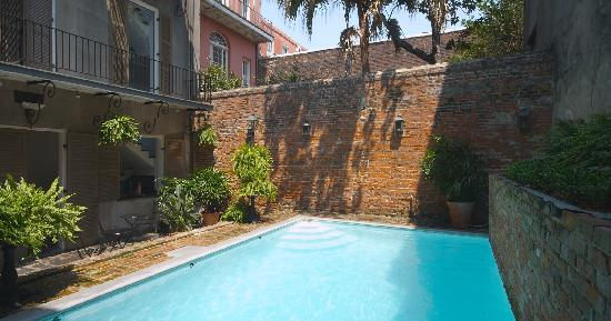 Hotel St. Helene: Courtyard Pool