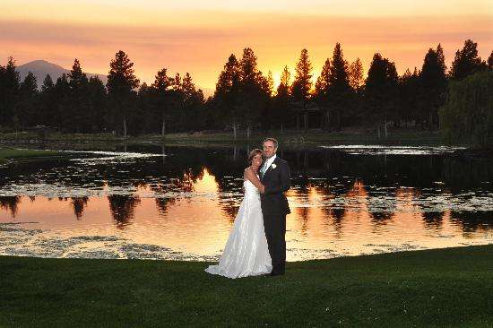 Aspen Lakes Golf Course: Wedding at Sunset