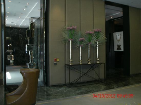The Hazelton Hotel : Hotel Lobby