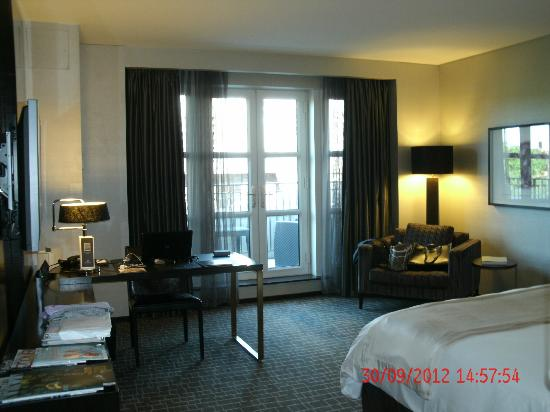 The Hazelton Hotel: Luxury Deluxe Room