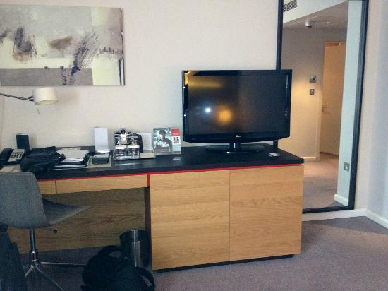 Desk Amp Tv Stand Picture Of Hilton London Tower Bridge