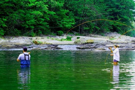 Brown Mountain Beach Resort: Private fishing