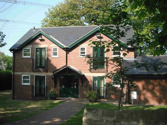 The Keelman's Lodge: The lodge