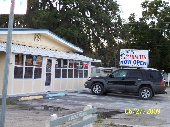 Kurts Minute Review Of Two Minutes Restaurant Zephyrhills FL - Zephyrhills fl car show