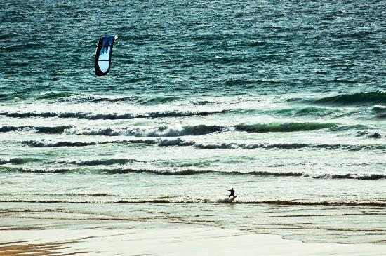 Watergate Bay Hotel: Kite Surfer
