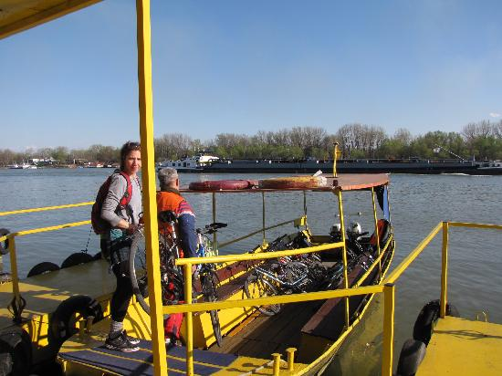 iBikeBelgrade: Ferrying the bikes