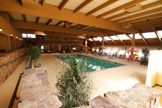 "Rocky Mountain Park Inn: Indoor pool 25x50"", 9 feet deep"