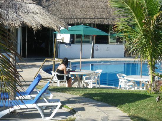 Hotel Dos Playas Beach House: Бассейн