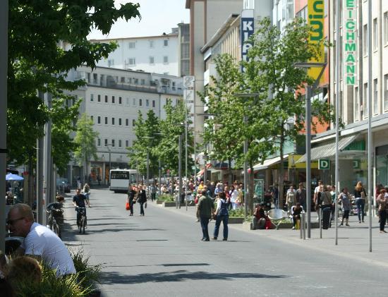 Leonardo Hotel Moenchengladbach: Hindenburgstrasse, Moenchengladbach