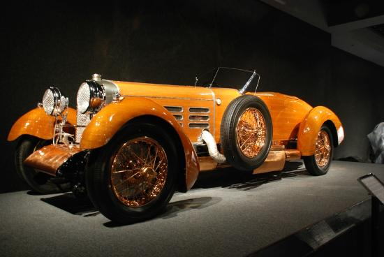 Blackhawk Museum : 1924 Hispano-Suiza made of Tulipwood