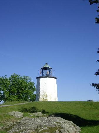 The Stony Point Battlefield Lighthouse: The Lighthouse