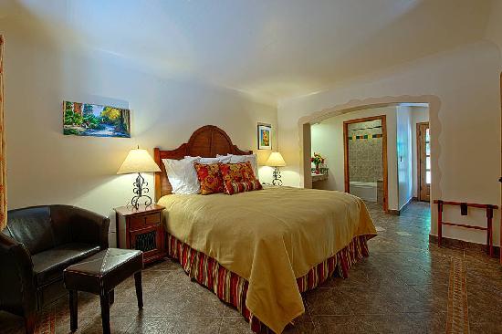 Los Arboles Hotel: Accommodations at Los Arboles