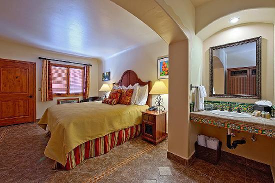 Los Arboles Hotel: Los Arboles Guest Room