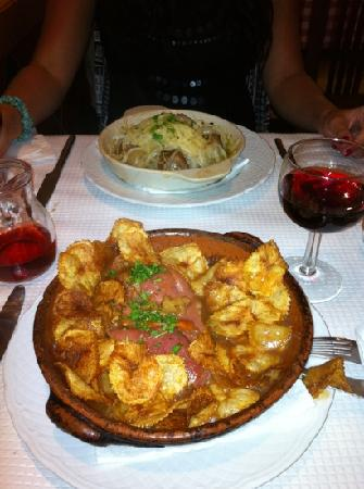 Mangello: beef portuguese and cod