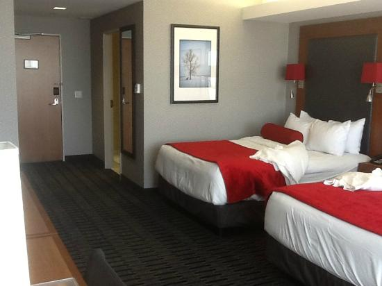 The Hotel at Kirkwood Center: Room 312