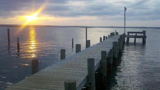 Inlet View Campground: Fishing pier @ sunset