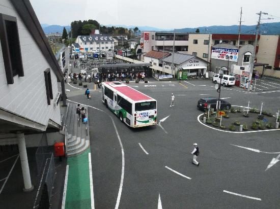 御殿場駅乙女口が送迎バスのバス...