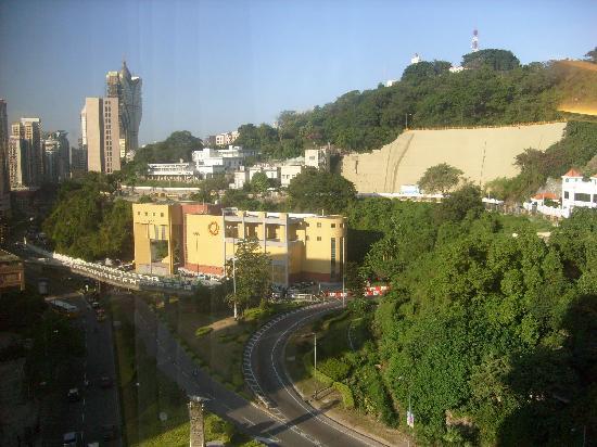 โรงแรมคาซ่ารีล: view from our room
