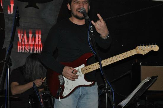 Vale Bistro: Turkish rock concert